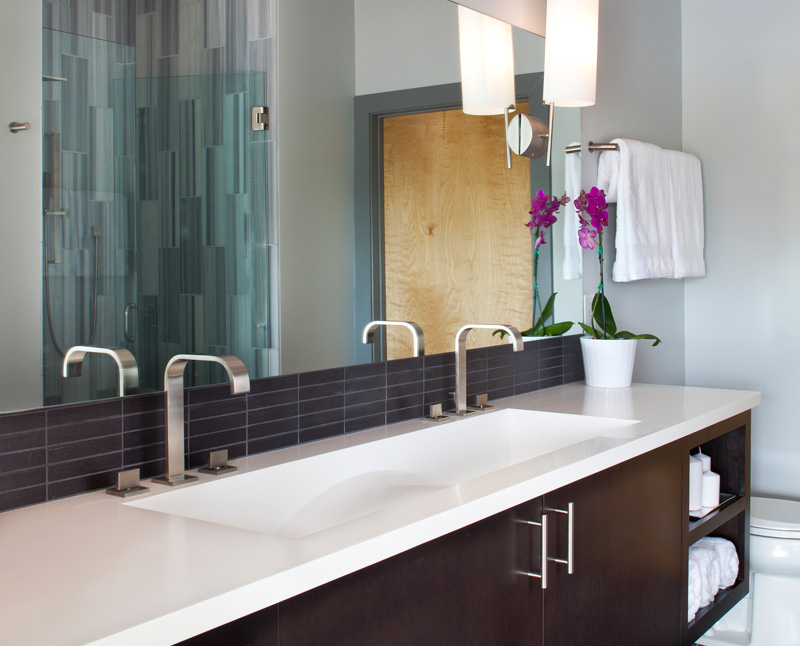 Bathroom Remodel Tips to Add Functionality and Style