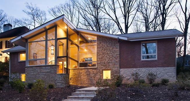 Deciding between brick and stone exterior home finishes for Exterior home finishes design